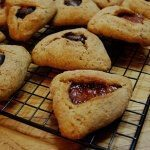 vegan hamentashen recipe | accidentallycrunchy.com