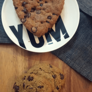 This deliciously chewy chocolate chip cookie recipe is naturally vegan, nut-free and optionally soy-free | find more delicious, food allergy friendly recipes at https://www.accidentallycrunchy.com/