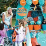 whether you are celebrating Halloween at home or trunk-or-treating, it isn't too late for you to support the Teal Pumpkin Project and make Halloween safe and inclusive for kids in your neighbourhood with food allergies. Enter to win a complete kit of decorations and treats for you and your neighbours, so that every kid will have a Happy Halloween. | visit accidentallycrunchy.com to learn more about the Teal Pumpkin Project