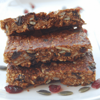 Homemade Granola Bars – Flourless & Naturally Sweetened